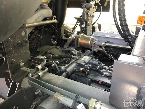 5.8米U型货厢重汽新HOWO-7渣土车详解
