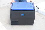 35升大容积 温度最低达-20℃ 美的这款车载冰箱能否成为你的新宠?