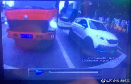 货车强行闯禁区司机拒不配合暴力致民警骨折