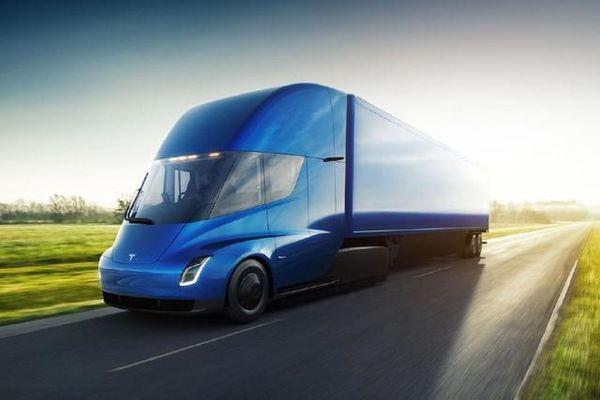 马斯克卡车业搞事!Semi电动卡车将量产