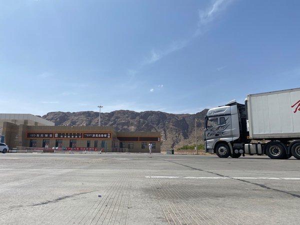 重磅爆料!一辆J7从寿光驶向喀什,整个卡圈将为之震动!