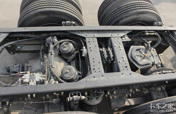 8x2冷藏车有啥优势红岩杰狮C500告诉你