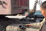 油耗子猖狂作案终被捕 司机拍手称快 卡友:被抓了活该