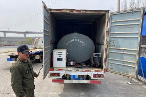 唐山:开展专项行动严厉打击黑加油车、加油站时间截至到年底