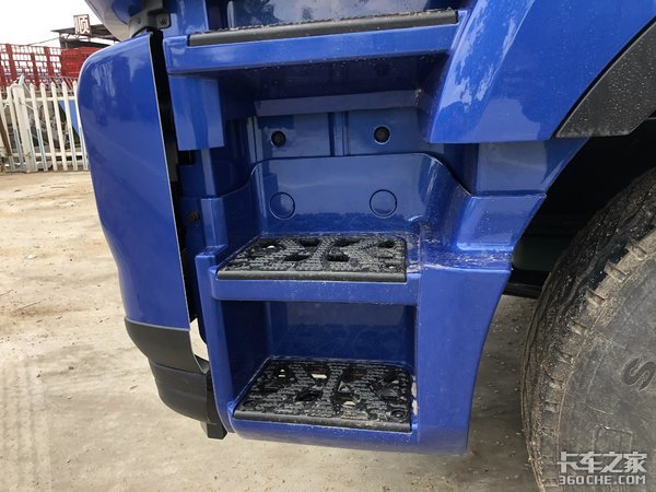 比8X4车型多拉1.2吨货,江淮格尔发K5W8X2载货车拉绿通更划算