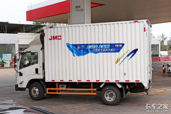 江铃轻卡万里长测(8)最低油耗10升?而且还是高原满载蓝鲸油耗实测