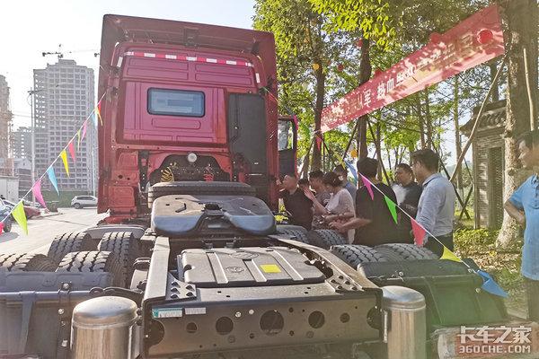 福田欧曼携手达州新天和汽贸产品推介会圆满成功