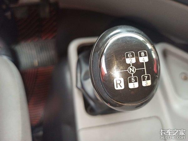 220马力东康机+法士特8挡箱,实拍4年前的东风天龙载货车