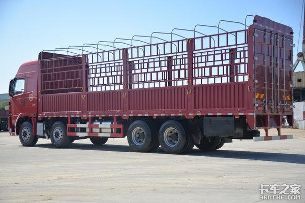 车市速看:350匹黄金动力上身的8X4大运N9H载货车