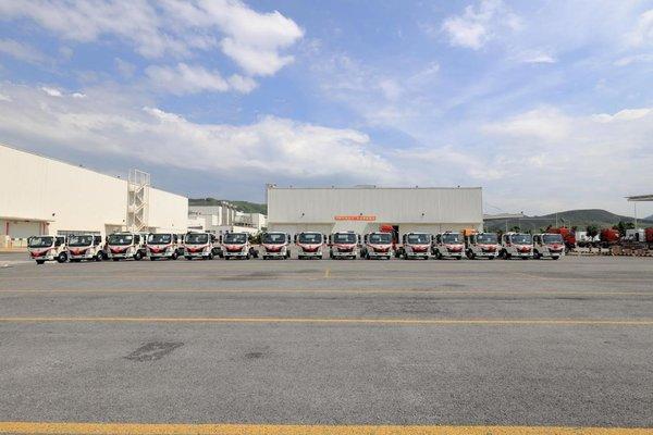达成500辆年度战略合作!乘龙L2轻卡助力新能源物流发展