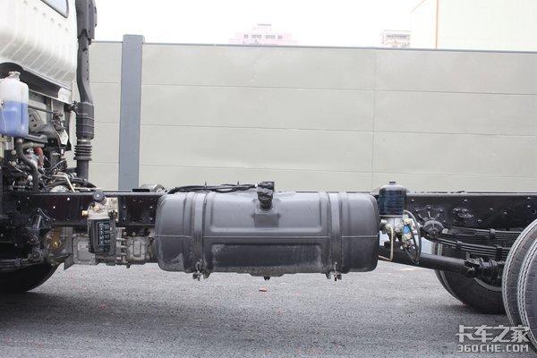 130马力+6挡变速箱这款解放J6F轻卡合你口味吗?配液晶仪表盘