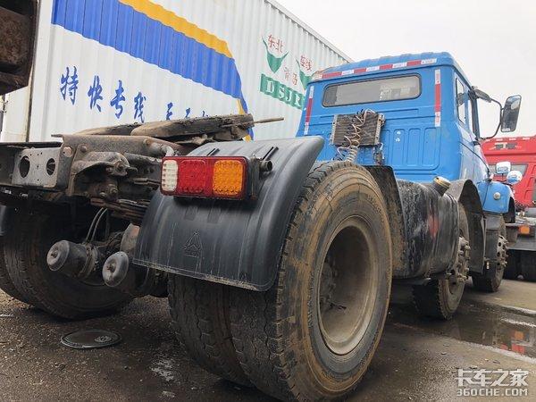 只生产了3年,保有量极少,带你看看一汽解放J5R长头卡车