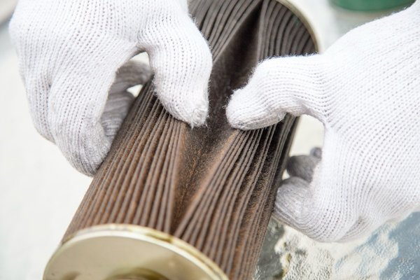 劣质柴滤+劣质柴油一起用会发生什么?当然是你的钱袋子哗哗的漏啊!