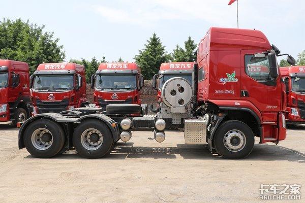 车市速看:400马力的LNG牵引车降本增效利器乘龙H5