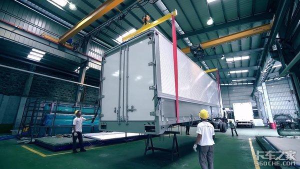 知名车企合作菲律宾最牛改装厂有新品