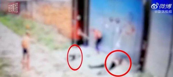 泯灭人性!货车司机高速追尾引祸端母亲和3岁女儿被打致一死一伤