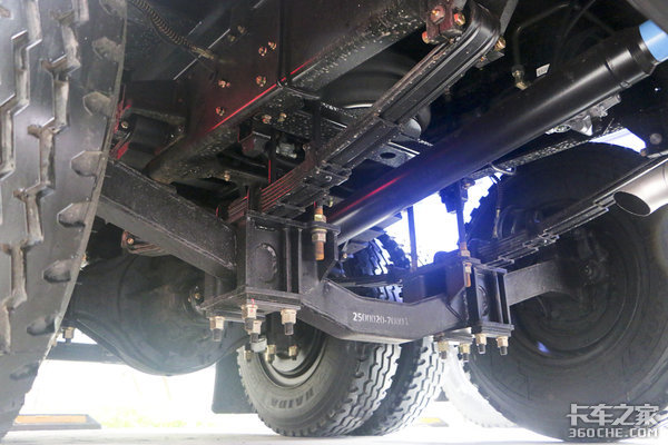 能提升的不止是后桥!自重最轻7.5吨南骏瑞捷D50小三轴自卸图解