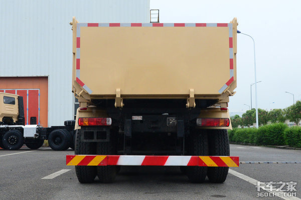 车市速看:短轴5.6米红岩新金刚自卸车