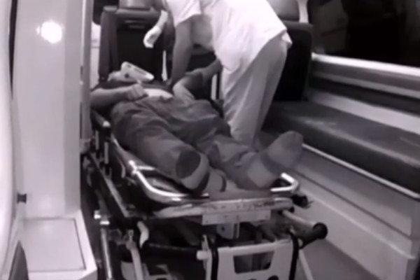 卡友车内开空调睡觉一氧化碳中毒晕厥幸亏遇到查超民警捡回一条命