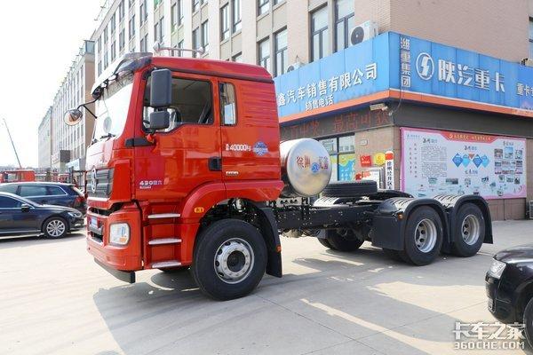 车市速看:轻量化平顶国六LNG牵引车潍柴430马力的德龙新M3000