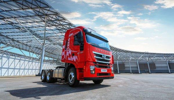 多载货、少费油红岩杰狮2020牵引车助力物流业提升盈利能力