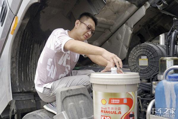 高温重载环境发动机异常磨损、使用寿命更低了?可能你的机油选错了