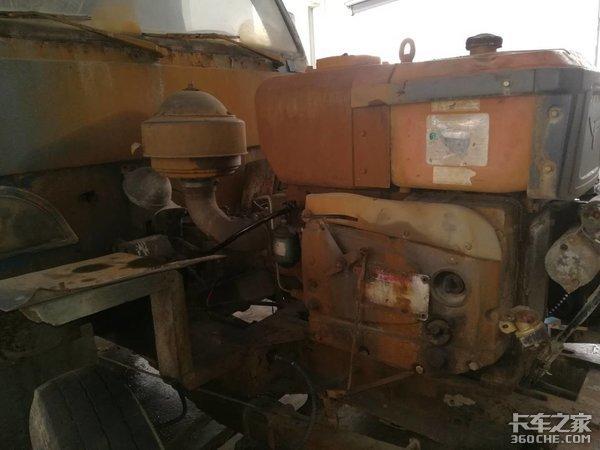 """当年农村的致富机器,""""四不像""""拖拉机,你还记得吗?"""