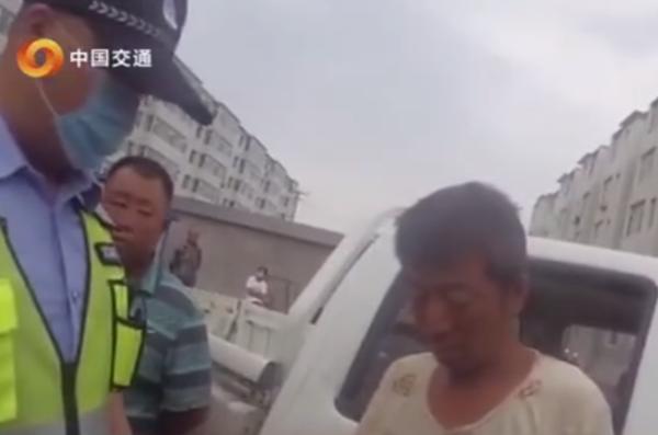 一辆货车里三位驾驶人:2个无证醉驾1个无证酒驾