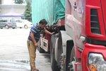 卡车司机弱势群体的标签 何时能摘下?