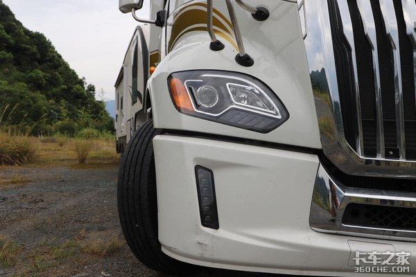 江淮V7美式长头卡车+豪华旅居房车,开着它去露营太拉风了