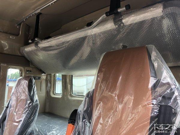 四点悬浮驾驶室,宽体双卧铺,重汽TX5:载货车也可以很舒服