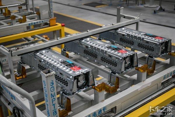 换电池比加油还快?美国玩不转的换电卡车,在国内能成功吗?