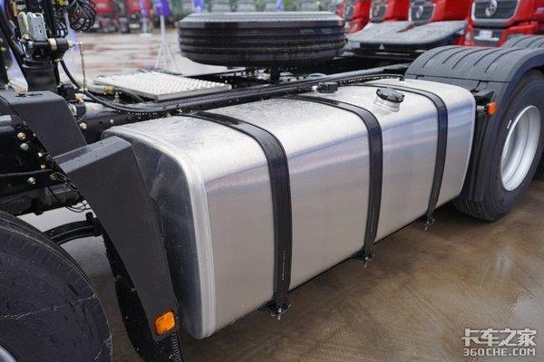 外观内饰全面升级潍柴加法士特动力链全新德龙M3000S图解