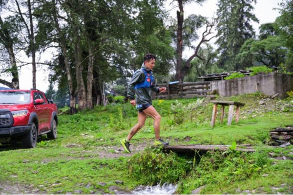 长城炮助力自然堂喜马拉雅极限越野跑