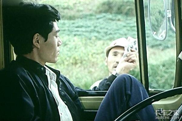 只要有台货车,就不愁娶媳妇,老司机:30年前开卡车很幸福