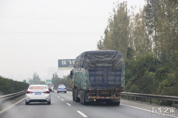 佛山一环60电子警察:抓拍货车多种违法