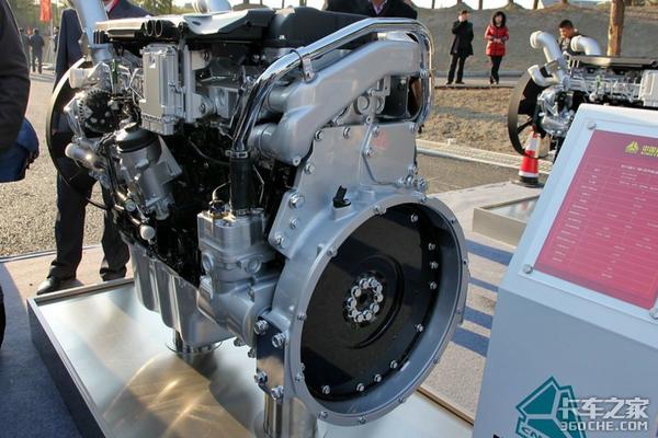 你的钱就是它拉来的看6×4底盘配540马力发动机的运钞车究竟怎么样