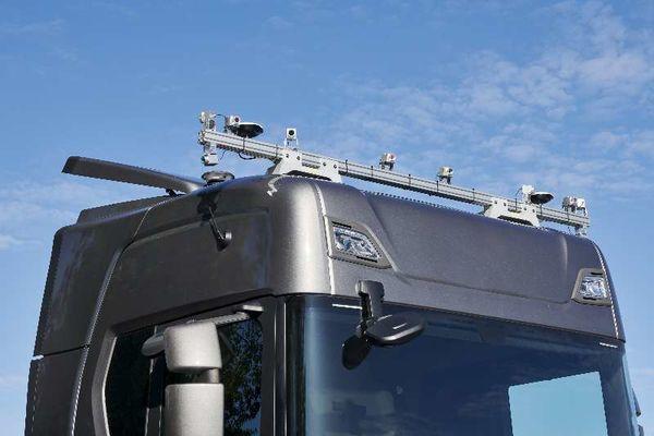 传拓集团与图森未来携手共研智能卡车