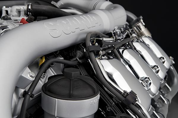 最大770马力搭载欧六16升发动机斯堪尼亚全新V8系列车型上市