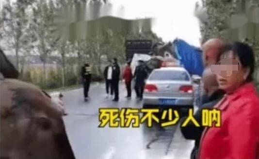 """货车违规载人致18死!农村""""治超""""真的没有办法吗"""