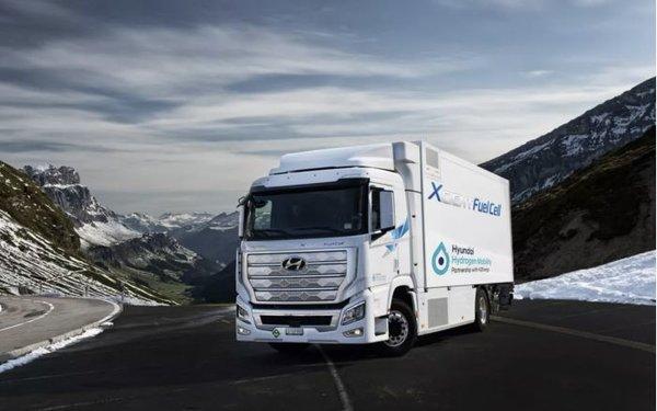 氢能源异军突起现代Xcient燃料电池卡车在欧洲上路续航可达400公里