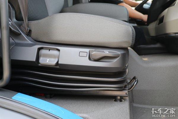 车市速看:250马力自动挡中卡底盘MANTGM4×2了解一下