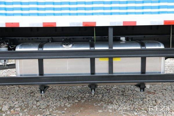 货厢最大65立方米格尔发A6L大单桥图解