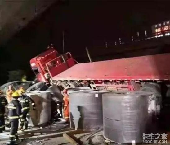 无锡高架桥侧翻事故1周年,钢卷运输是否走上了标载之路?