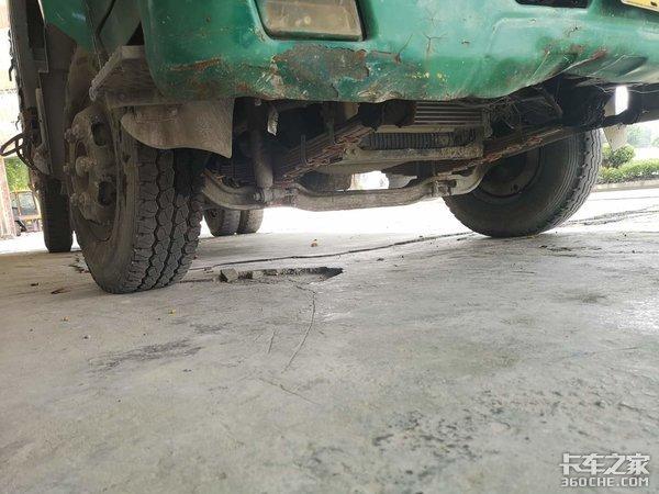 从卡车司机到建材店老板,这台东风康霸立下了汗马功劳