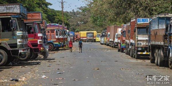 货物堆积如山却没有车拉,疫情下印度卡车行业的困境还在继续