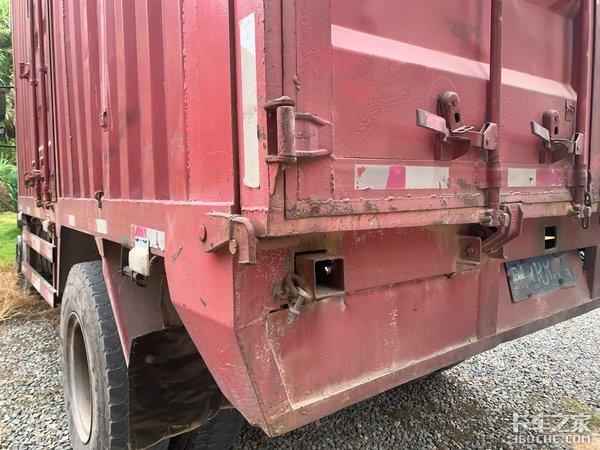 运输好帮手福达4X2自卸车干重活妥妥的