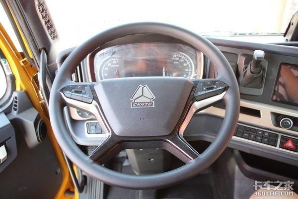 左脚右手轻松了累了还能按按摩豪沃TH7:开车是一种享受