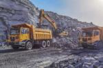 徐工XG90百车战团助力鄂尔多斯矿山开采