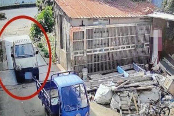 """卡友停在路边的货车被他卖了800元网友:真的没有少个""""0""""吗"""